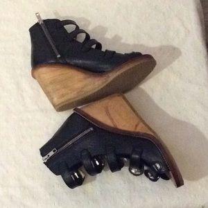 Topshop Shoes - Topshos Black gladiator sandals wood wedges # 8M